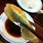 ぎょうざの満洲で焼き餃子とライス(350円)を食べてみた!持ち帰りメニューも大人気!?餃子の王将とどっちが美味しいの!?【レポート記事】