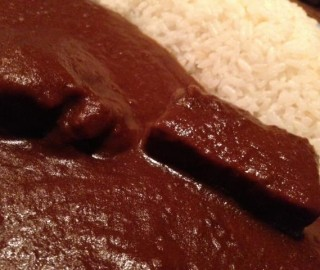 『もうやんカレー西新宿店』は食べ放題のランチタイムもあるの!?名物ビーフカレーを食べてきたよ!!【グルメレポート記事】