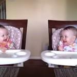 双子の赤ちゃんのダンシング動画が反則級に可愛かったのでニヤニヤしか出来ない!youtube動画でも世界的な大人気に!画像だけ見ても可愛い!もう可愛いしか言ってない!