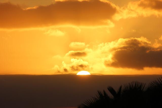 sunset-320821_640